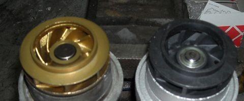 Замена насоса охлаждающей жидкости (помпы), ремень ГРМ Skoda Octavia Tour (Volkswagen Golf III) 1.6 AEE изображение 1